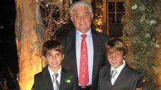 Con nietos Ian y Ariel